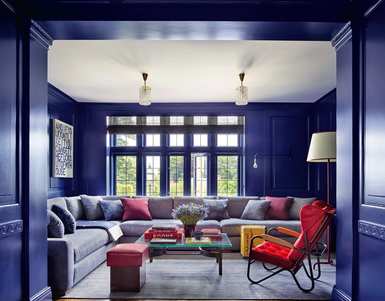 How to Use 2020's Pantone Blue at Your Home